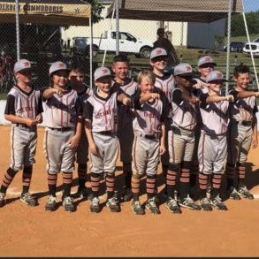 9U Vols Defend Their Home